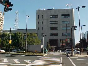 横浜市の区役所の写真